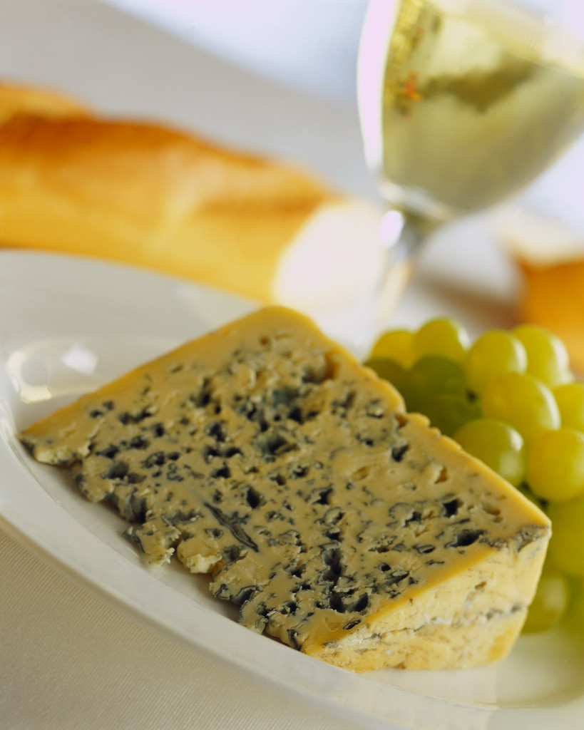 Blue Cheese With Wine and Grapes